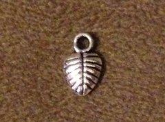 999. Tiny Leaf Pendant