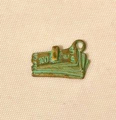 1776. Money Pendant