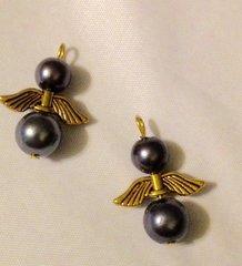 1558. Angel pendant