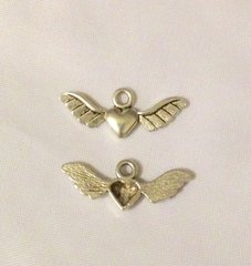 1195. Winged Heart Pendant