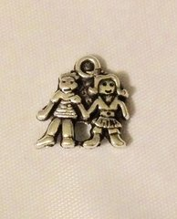 1508. Girl and Boy holding hands Pendant