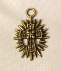 1548. Cross Pendant