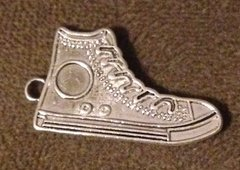 1045. High Top Sneaker Pendant
