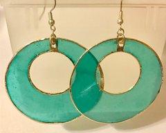 1660. Natural Shell Hoop Earrings