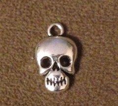526. Skull Pendant