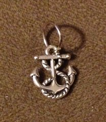 896. Small Anchor with Rope Pendant