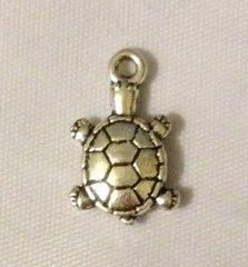 1228. Turtle Pendant