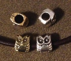 1088. Owl Bead