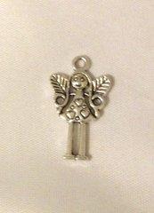1513. Angel pendant