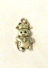 1372. Silver Cow Pendant