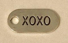 1236. Oval XOXO Pendant