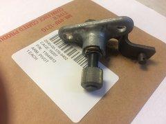 M151A2 JEEP WINDSHIELD WIPER PIVOT ARM 11644913, 2540-00-176-9402 NOS