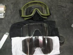 MILITARY GOGGLES w/STEALTH SLEEVE GOOD CONDITION
