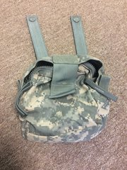 US MILITARY ISSUED DIGITAL CAMO ZIPPING CARRYING POUCH NOS