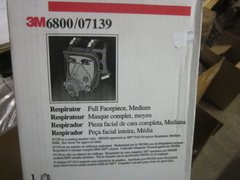 3M FULL MSK RESPIRATOR 6800 / 07139 SIZE MEDIUM NEW