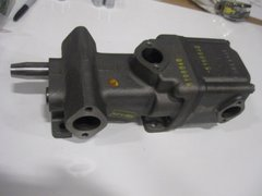 DETROIT DIESEL PUMP ASSEMBLY 05198840 NOS