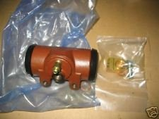5 TON SERIES 8758255 FRONT WHEEL CYLINDER NOS