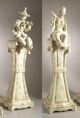 057083 Statue & 947083 Statue