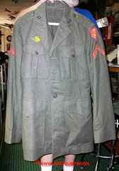 WW II USMC 3rd AMPHIBIOUS CORPS ENLISTED UNIFORM JACKET - 5L