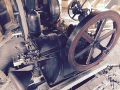 FINE One Cylinder Lunt Moss Gasoline Pumping Engine