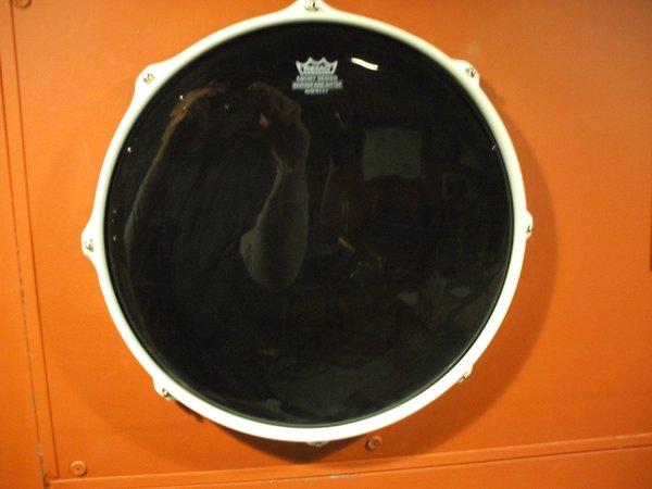 headframez drum head display frame headframez. Black Bedroom Furniture Sets. Home Design Ideas