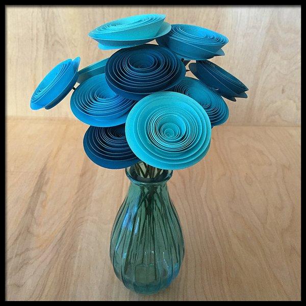 Aqua & Turquoise Ombre Spiral Flower Bouquet | FlowerGirl Paper ...