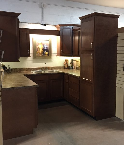 A Glenwood full kitchen, (Heavily Stocked cabinets!)