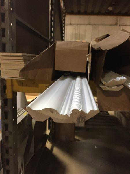 "Shaker White Acadia Large Rope inlayed Crown molding 96"" x 4-1/8"""
