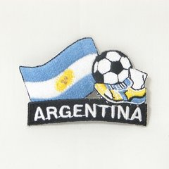 """ARGENTINA FIFA SOCCER WORLD CUP , KICK COUNTRY FLAG EMBROIDERED IRON ON PATCH CREST BADGE .. SIZE : 2"""" x 1.75"""" INCHES .. NEW"""
