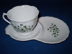 Tea cup and snack plate Shamrock