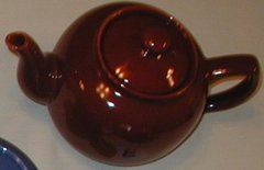 6 cup teapot -Burgundy