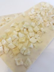 Apple Crumble White Chocolate Bar