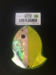 Medium Leo Flasher Silver Frost on Chartreuse