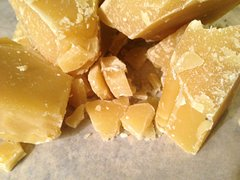 BEESWAX (1 POUND)
