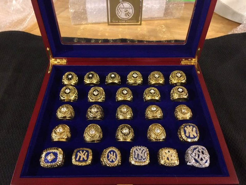 Ultimate Yankees Fan 27 Ring Set With Wood Display Case