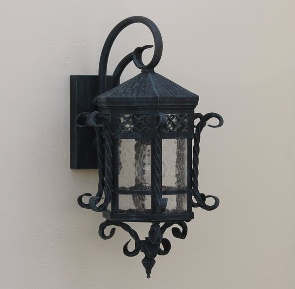 7010 1 spanish revival colonial wall lantern spanish for Spanish revival lighting fixtures