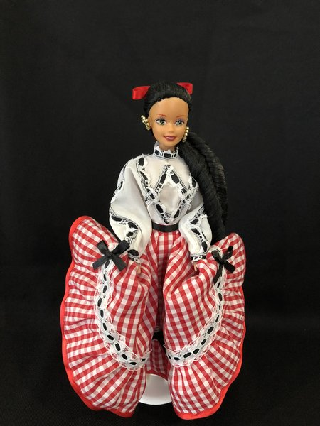 REVOLUCIONARIA COLLECTION DOLL