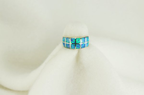 Sterling silver blue opal inlay ring. R088