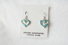 Sterling silver turquoise heart earrings. (E053)
