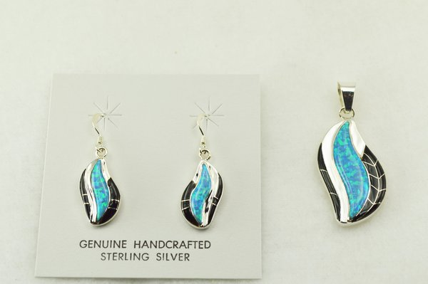 Sterling silver black onyx and blue opal inlay flame shaped earrings and pendant set. S216