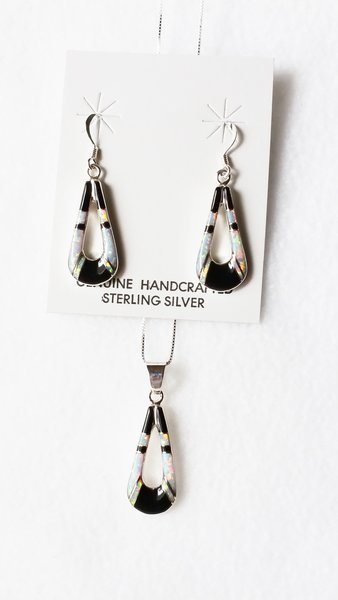"Sterling silver black onyx inlay hollow teardrop dangle earrings and 18"" sterling silver box chain necklace set. S057"
