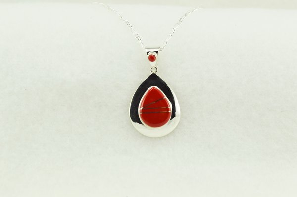 "Sterling silver coral inlay raindrop pendant with sterling silver 18"" figaro chain. N148"