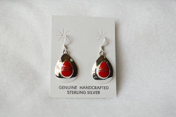 Sterling silver coral inlay teardrop earrings. (E062)