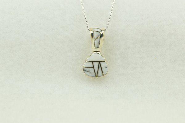 """Sterling silver howlite pick shaped pendant with sterling silver 18"""" box chain. N264"""