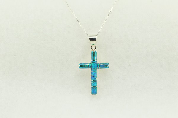 "Sterling silver turquoise inlay cross pendant with sterling silver 18"" figaro chain. N215"