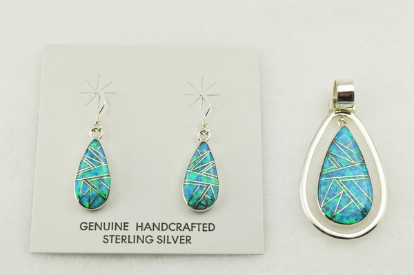 Sterling silver blue opal inlay raindrop earrings and pendant set. S256