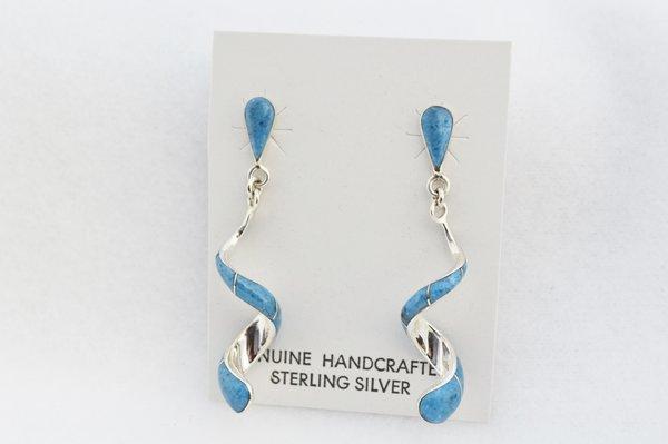 Sterling silver denim lapis inlay twisty post earrings. E347