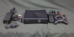 XBox 360 Console 250gb Model 1439 2 Controllers 2 Rechargeable Battery Pack