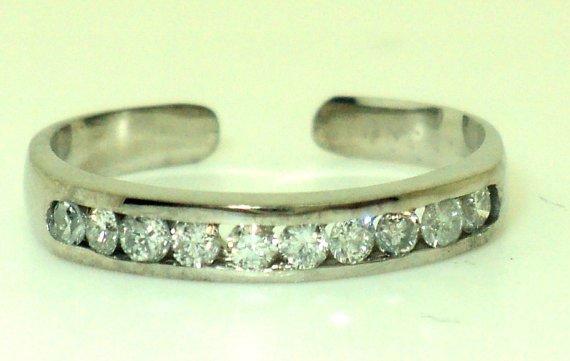 Channel Set Diamond Toe Ring (JC-797)