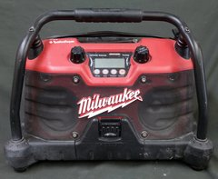 Milwaukee 49-24-0200 Jobsite Radio Rockford Fosgate